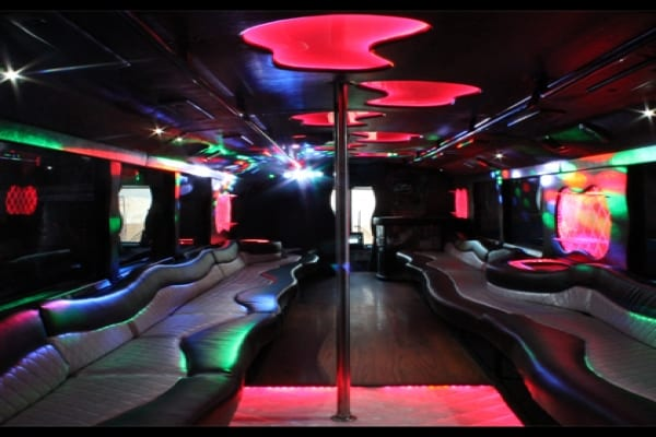 Limo Party Buses for Proms